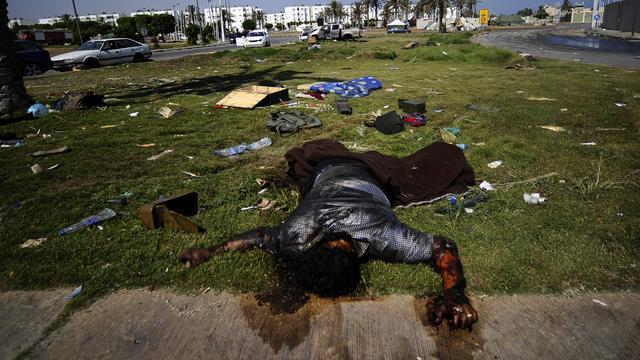 Meer dan 200 lijken in ziekenhuis Tripoli
