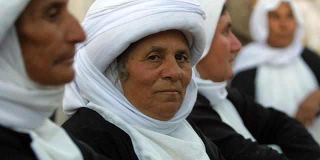 Duizenden yezidi's gered uit bergen Irak