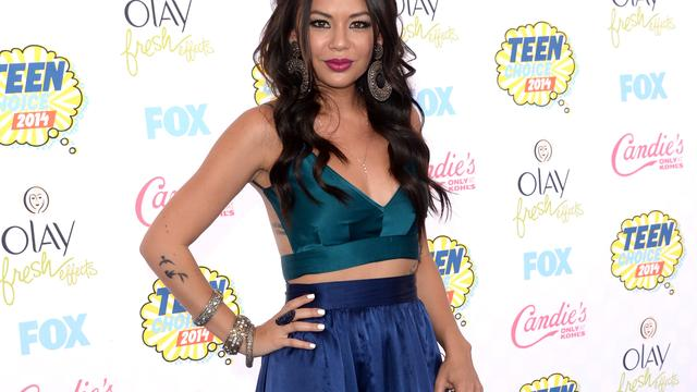 Pretty Little Liars-actrice Janel Parrish getrouwd
