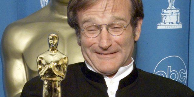 Alcoholscène in kerstfilm Robin Williams blijft behouden
