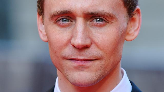 'Tom Hiddleston en Elizabeth Olsen spreken met elkaar af'
