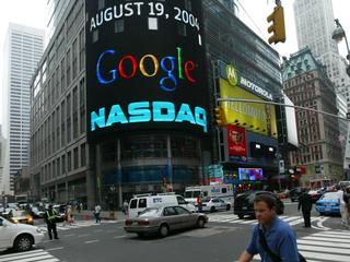 Is Google tien jaar na de beursgang een doorsnee bedrijf?