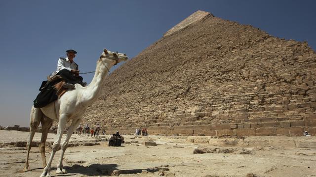 Verborgen ruimtes ontdekt in Piramide van Cheops