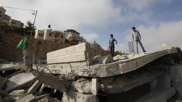Israël verwoest huizen verdachten op Westoever