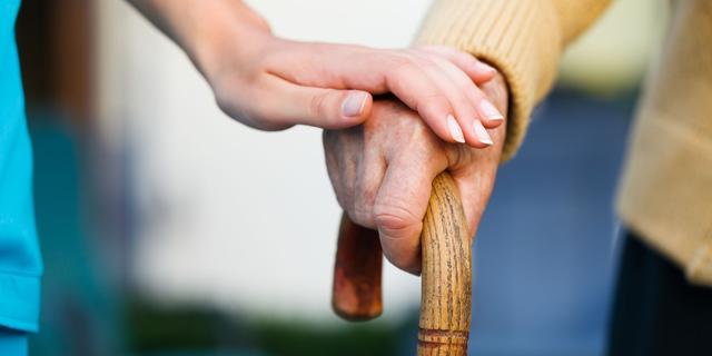 'Thuiswonende ouderen lopen meer risico op ongelukken'