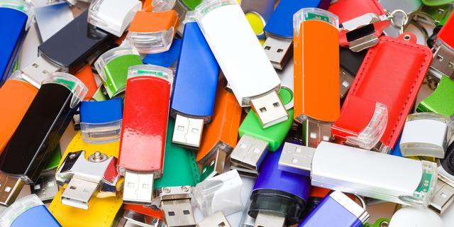 Usb-sticks met malware door brievenbussen gegooid in Australië