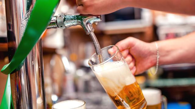 Werkgevers willen meer personeel op alcohol kunnen testen