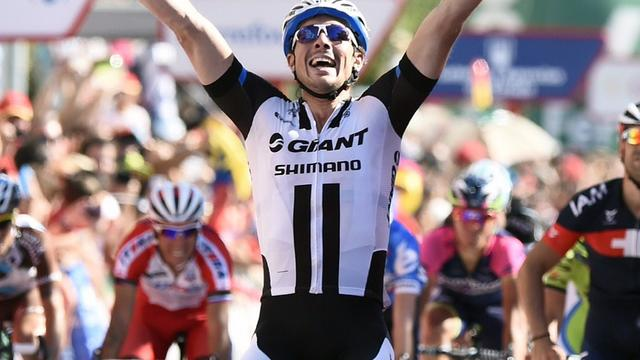 Degenkolb sprint naar dagzege, Kelderman in top tien
