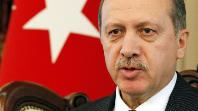 Politie-invallen bij politieke tegenstanders Erdogan