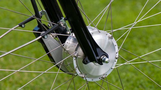 Uit Maas opgedoken fiets naar NFI