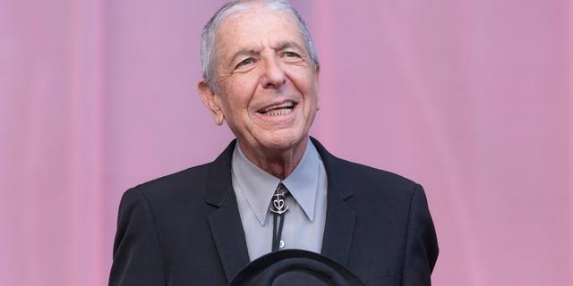 Leonard Cohen leert Amsterdam lesje in nederigheid