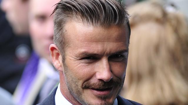 Operaster woedend over roddels David Beckham