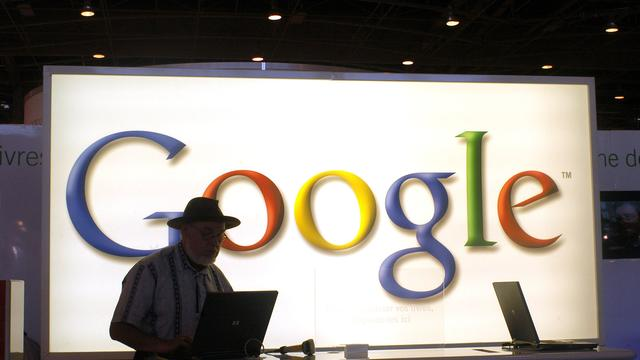 Google aangeklaagd om aandelensplitsing
