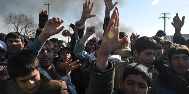 Duitsers trekken zich terug naar Kunduz