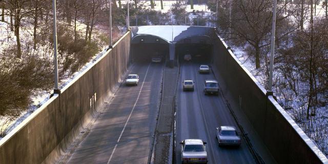 Voetgangersgedeelte van Rotterdamse Maastunnel wordt decor voor opera