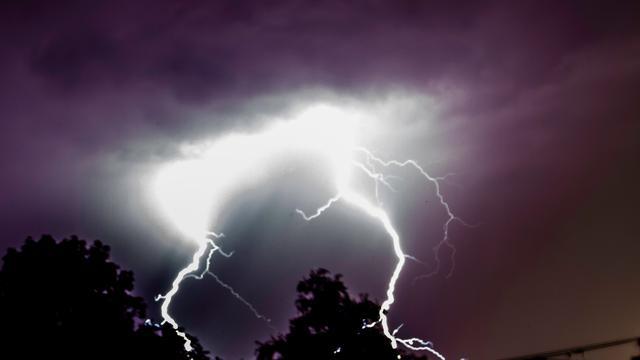 Man dood na bliksem op strand Los Angeles