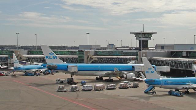 FNV en KLM weerspreken ontslaggolf
