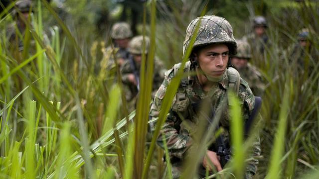 Ex-chef FARC belooft graven te lokaliseren