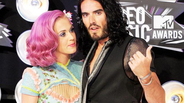 Russell Brand geeft Katy Perry het huis