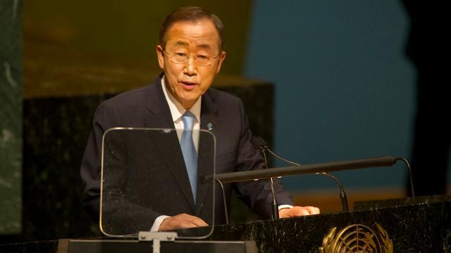 VN-topman Ban Ki-moon in Libië