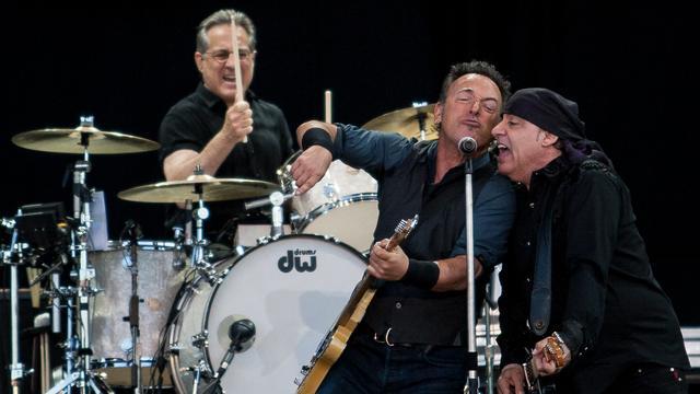 Gitarist Bruce Springsteen biedt politie excuses aan