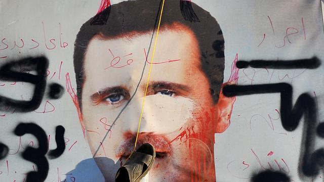 Syrische regering stuurt troepen naar Aleppo