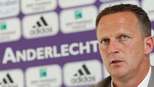 Trainer Van den Brom met Anderlecht naar FK Ekranas