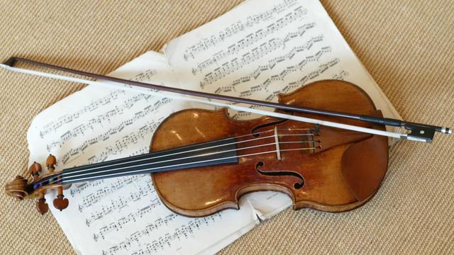 Gestolen Stradivarius na 35 jaar gevonden