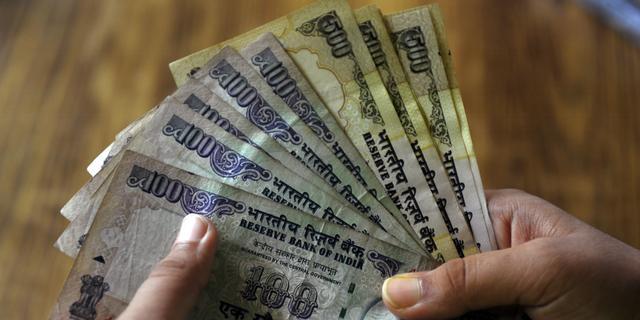 India telt geld met Nederlandse machines
