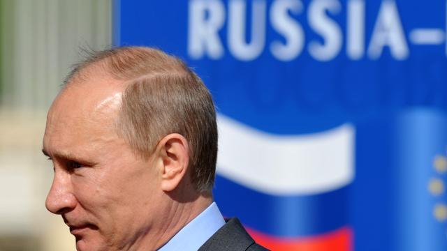 Duizenden betogen tegen Poetin