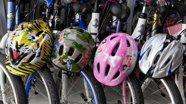 Onenigheid over invoeren gebruik fietshelm