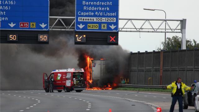 A15 afgesloten na ongeval
