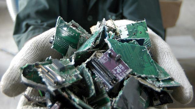 'Duizenden extra inzamelpunten e-waste nodig'