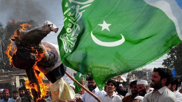 Tientallen doden door strijd in Pakistan