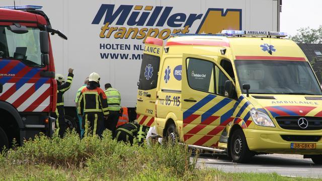 Mannen gewond door exploderende plofkoffer