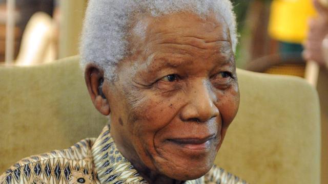 Mandela ontslagen uit ziekenhuis