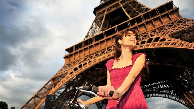 Fiets en elektrische auto in Parijs gratis wegens smog