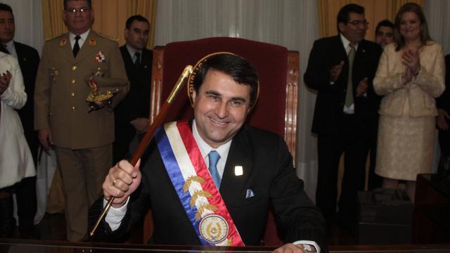 Franco beëdigd als nieuwe president Paraguay