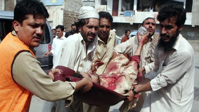 Doden door bom op markt Pakistan