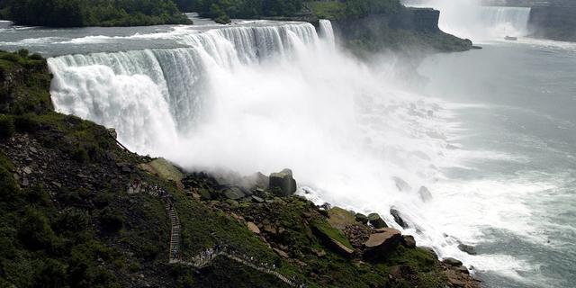 Acrobaat wil Niagara Falls oversteken
