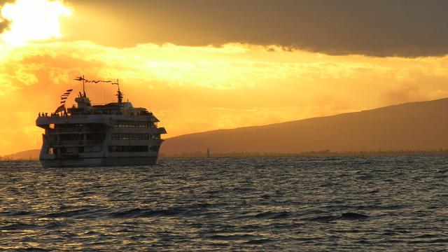 Cruiseschip op de Rijn geëvacueerd