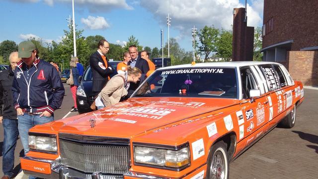 Oranjekaravaan komt aan in Charkov