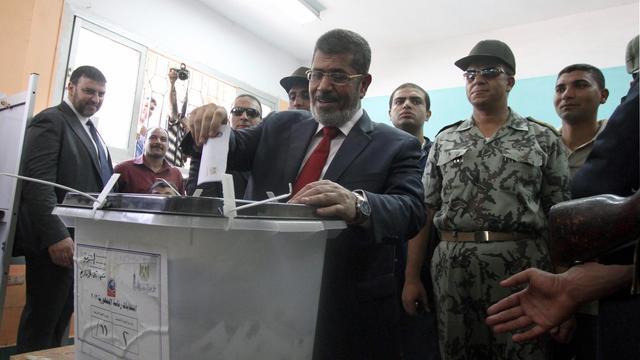 Junta Egypte ontbindt parlement
