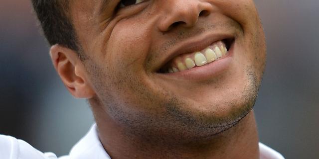 Tsonga slaat Hewitt naar huis, Murray eenvoudig verder