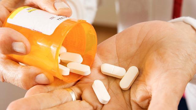 'Meer voorzichtigheid nodig met antibiotica'