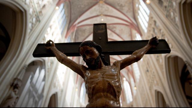 Kunstwerk gestolen uit kathedraal Gent