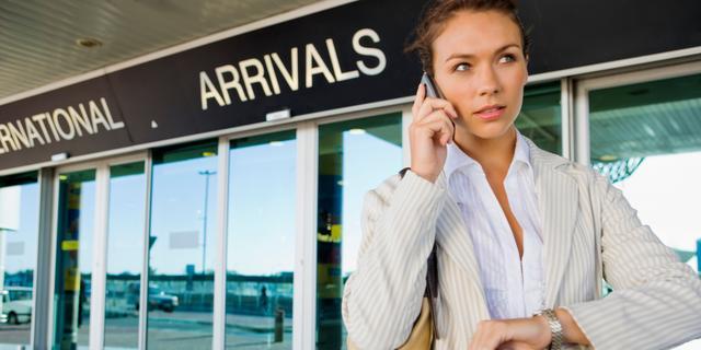 'Ambtenaren vaak zinloos op reis'