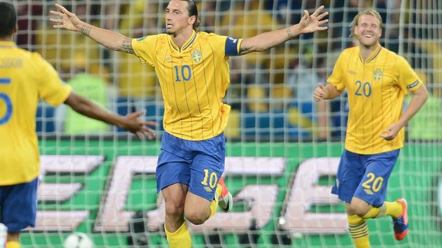 Frankrijk ondanks verlies tegen Zweden naar kwartfinale