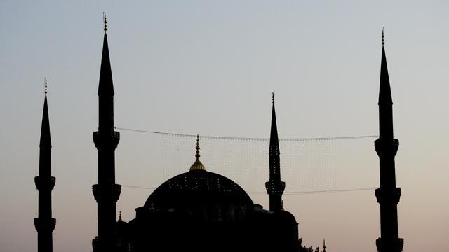 Tweede generatie moslims vaker naar moskee
