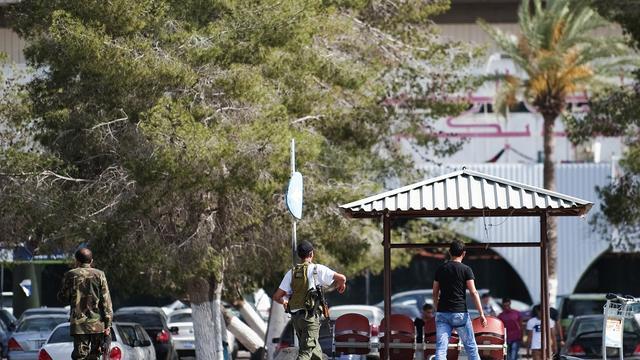Vliegveld Tripoli voorlopig dicht na actie